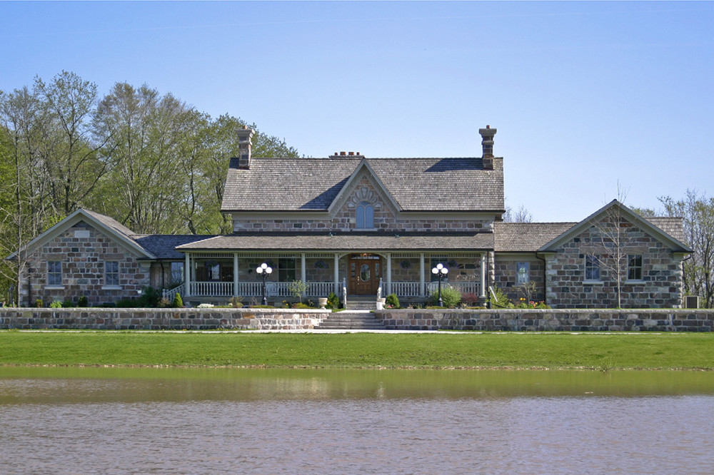 New Field Stone Residence 01-45