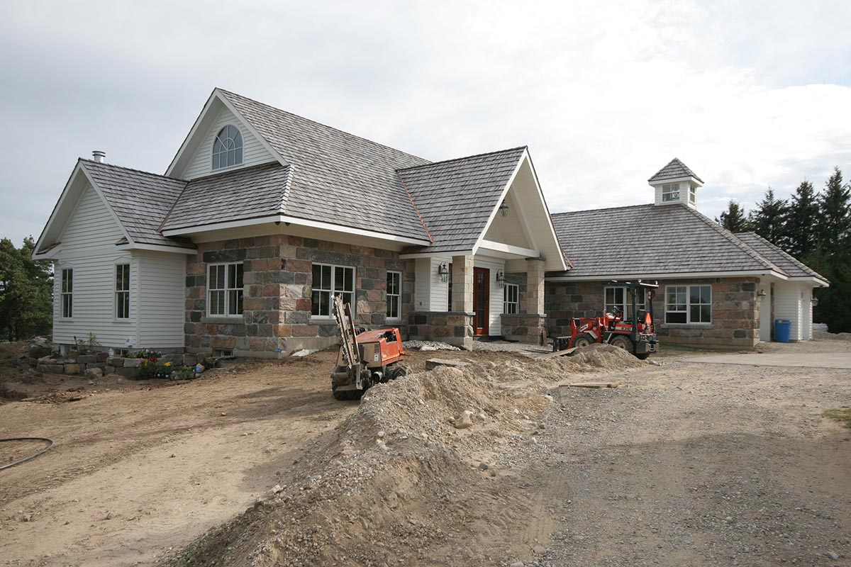 New Fieldstone Residence 02-439