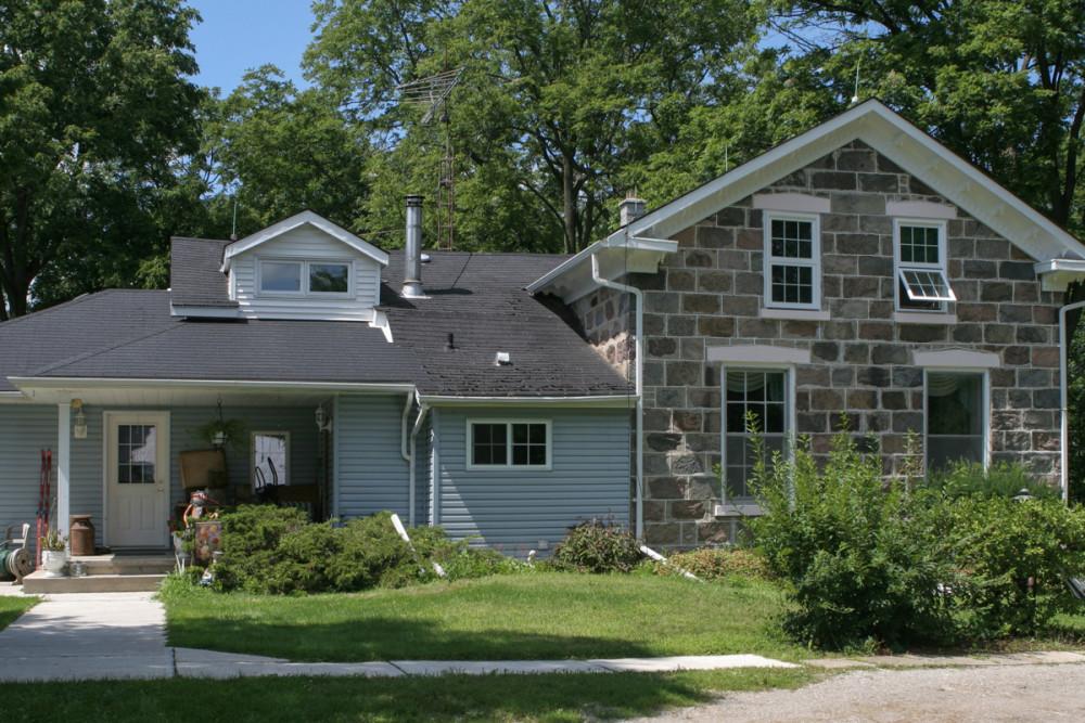 Stone farmhouse BEFORE