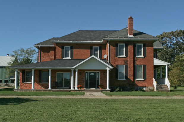 Addition and Renovation: New porches, foyer and family room in Hickson