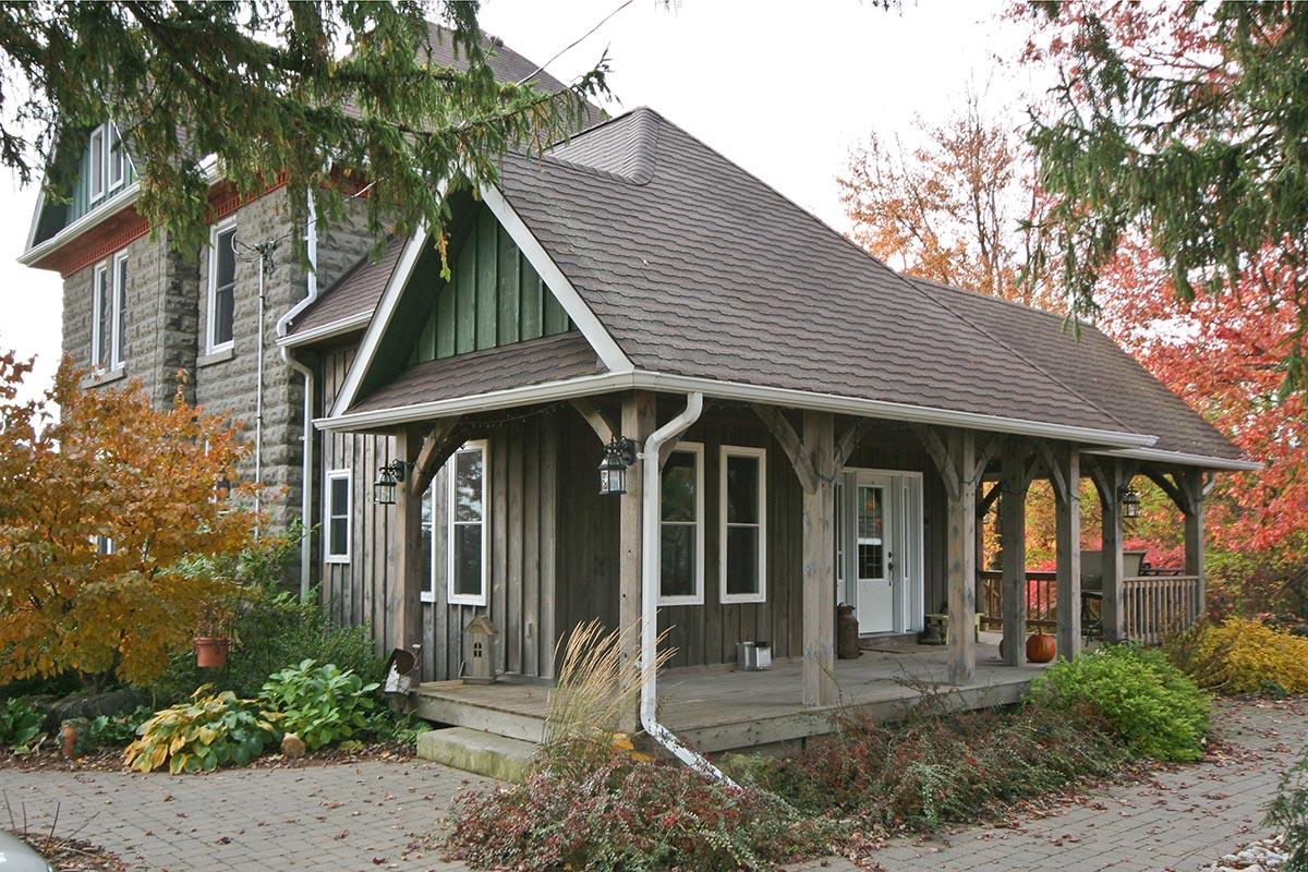 Ingersoll Farmhouse 01-65